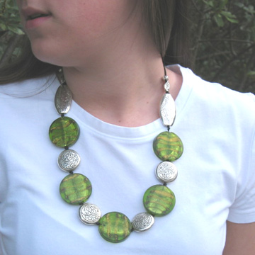 #F119 Green glass necklace with silver accents