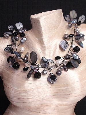 #F258 Black and White Mother of Pearl on Wire