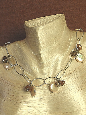 """#F269 16-19"""" White Gold Plated Chain with Quartz and Pearls"""