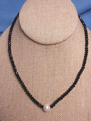 #F326 Single Strand Faceted Crystal and Freshwater Pearl