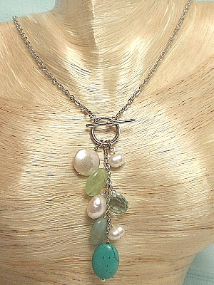 "#F88 16"" Turquoise aquamarine and pearl cluster pendant necklace"