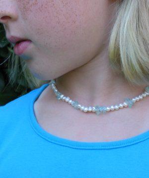 #G84mm pearls with aqua quartz