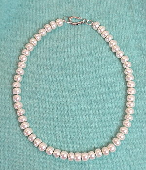 #L4 10.5 - 11mm white pearl necklace with sterling silver toggle clasp 17""