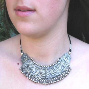 #LEIN1 Indian antique silver necklace